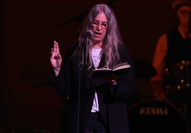 Patti Smith; 'El año del mono' o las mil vidas de la 'chamana del punk'