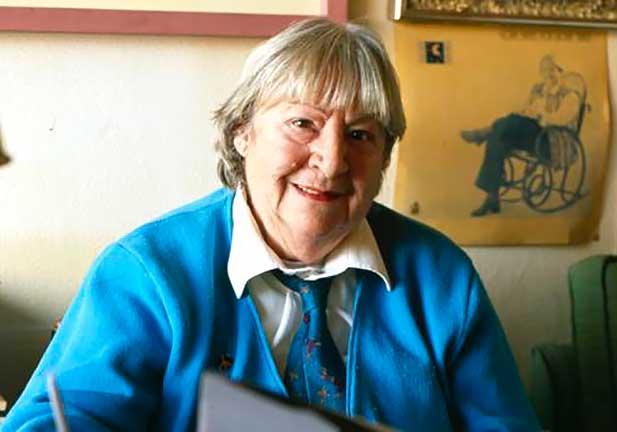Gloria Fuertes, la vida de una poeta feminista que encandiló a los niños